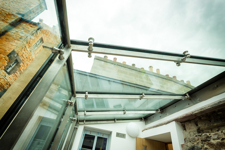 Patrick Geddes Centre - frameless glass screens and roof lights